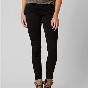 Rock Revival Carla skinny jeans size 25